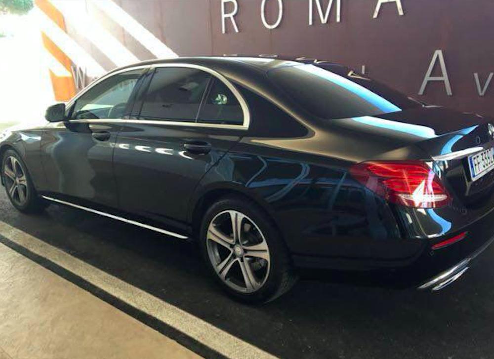 Mercedes E Class Limousine Uara