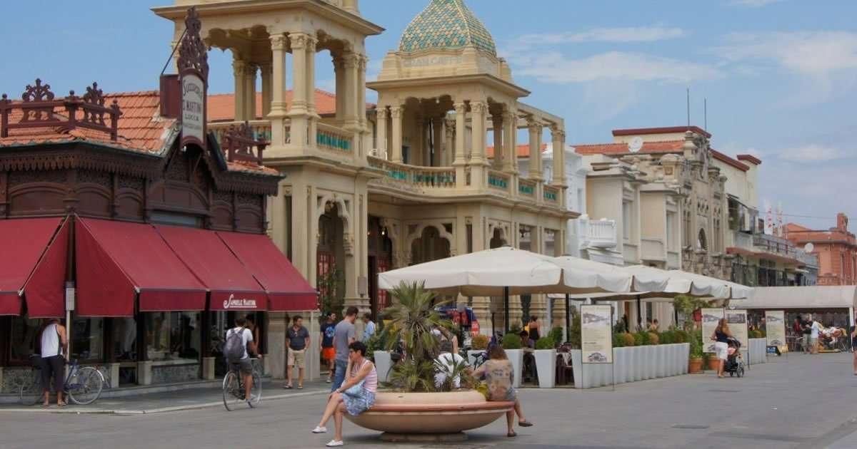Tour Viareggio: la passeggiata